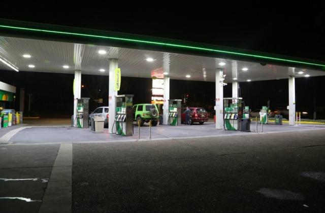 中电南方防爆灯应用在澳大利亚加油站